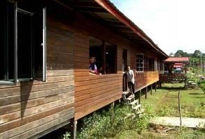 SARES sinari penduduk tiga rumah panjang