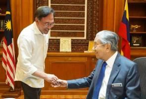 Jawatan PM: Dr M janji pegang tidak lebih 3 tahun