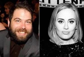 Adele sah bercerai dengan Simon Konecki
