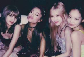 Lentuk si cantik: BLACKPINK dan Ariana Grande akhirnya bertemu di Coachella