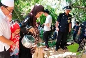 Suasana pilu iringi pengebumian mangsa culik Abu Sayyaf