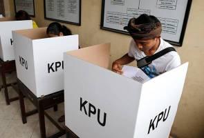 Pemilu Indonesia: Enam pegawai pusat undi meninggal dunia gara-gara keletihan