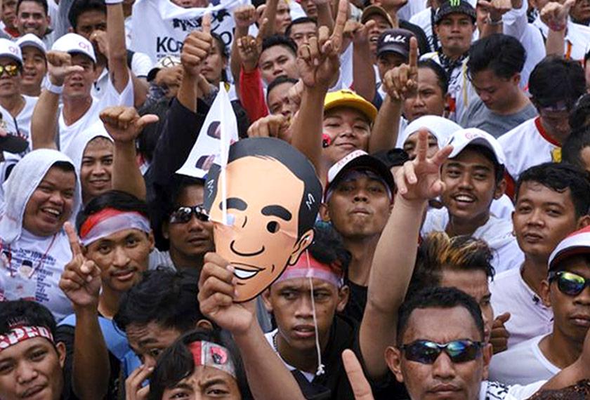 Jokowi meningkatkan peratusan undi di dua wilayah utama, Jawa Timur dan Barat, masing-masing kepada lebih 12 dan 10 peratus. Getty Images/Ceritalah