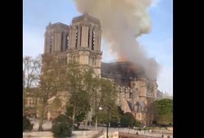 Struktur utama Katedral Notre Dame berjaya diselamatkan - Bomba