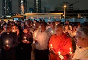 Lebih 200 berkumpul zahirkan rasa simpati terhadap mangsa letupan Sri Lanka