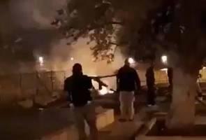 Kebakaran di Masjid Al-Aqsa ketika Katedral Notre Dame terbakar
