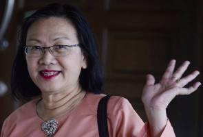 Graduan protes: UM perlu tarik balik laporan polis - Maria Chin