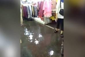 Kabel kuasa tidak tersusun, kanvas khemah punca Bazar Jalan Raja dinaiki air
