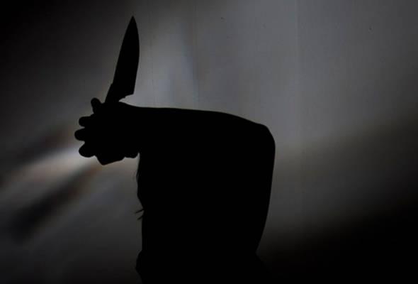 Polis menahan seorang lelaki bagi membantu siasatan kes kanak-kanak perempuan ditikam di Bandar Sungai Long, Kajang, Sabtu lepas.