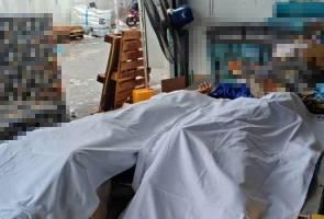 Dua pekerja gudang maut ditimpa palet kotak kurma
