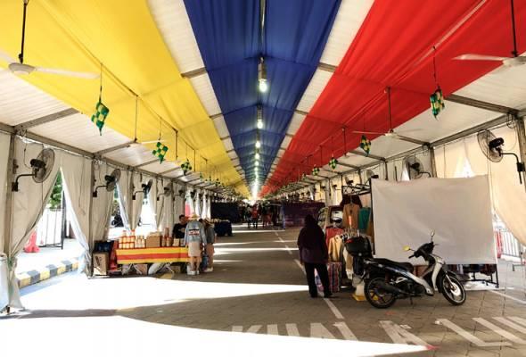 Tapak bazar Ramadan Jalan Raja bermula dari persimpangan lampu isyarat Leboh Pasar Besar hingga ke Jalan Perak mula beroperasi dari 6 Mei