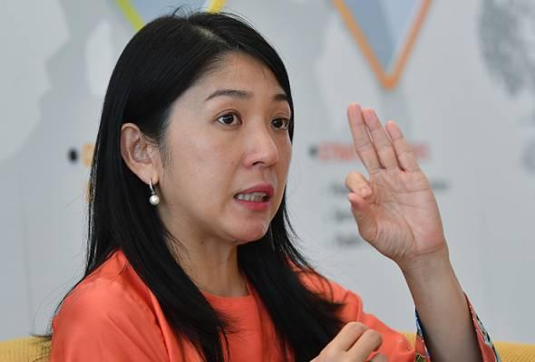 YEO: -Pembangunan Pasir Gudang yang tidak lestari juga menyebabkan ketiadaan zon penampan antara industri berasaskan bahan kimia dengan kawasan sekolah.  - Gambar fail | Astro Awani