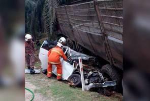 Empat maut dalam kemalangan babitkan tiga kenderaan