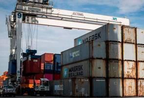 Bertan-tan sampah Kanada yang 'menimbus' Filipina akhirnya tiba di pelabuhan Vancouver