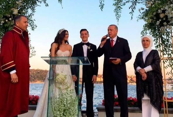 Erdogan jadi pengapit pada majlis perkahwinan Mesut Ozil