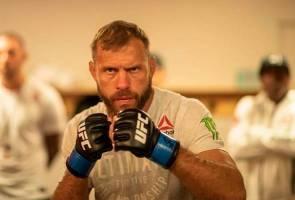 UFC: Tiada tulang patah, 'Cowboy' sedia untuk terus bertarung