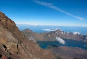 Pendaki bujang lelaki, wanita tidak lagi boleh bersama di Gunung Rinjani