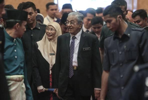 'Semua pihak ada hak untuk cadang sesiapa letak jawatan' - Tun Mahathir