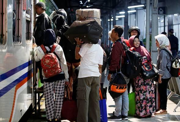 Penjawat awam Indonesia gagal hadir kerja selepas Aidilfitri dikenakan tindakan disiplin