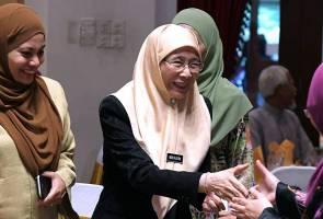 Isu video intim: Biar PKR selesaikan masalah dalaman sendiri - Dr Wan Azizah