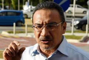 Isu 'land swap': Hishammuddin beri keterangan selama tujuh jam kepada SPRM