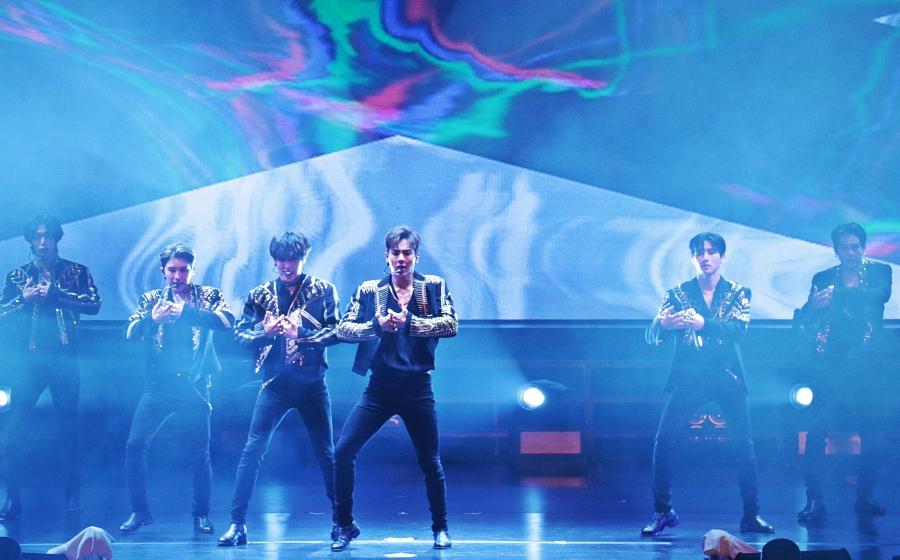 'Kami minta maaf, hanya berenam' - Ketiadaan Wonho tak jejas persembahan Superb MONSTA X