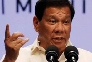 'Nak cuba gulingkan saya? Saya penjarakan kamu semua!' - Duterte