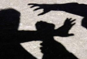 Bapa dipenjara 45 tahun, 24 sebatan seks luar tabii, cuba rogol anak