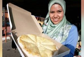 41562385387 PizzaDurian - Pizza Durian Pak Din dapat sambutan peminat tegar raja buah