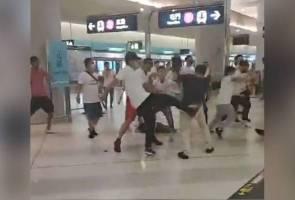 Kumpulan samseng bertopeng serang pengguna komuter Hong Kong, lebih 40 cedera