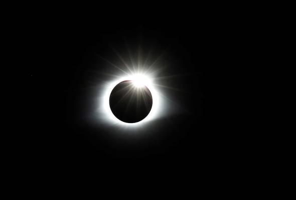 Bekalan tenaga solar Chile terjejas teruk akibat gerhana matahari