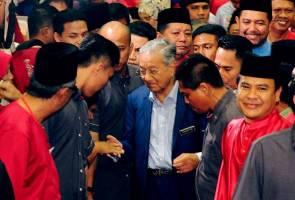 Dr Mahathir ajak semua parti Melayu bergabung bawah satu parti