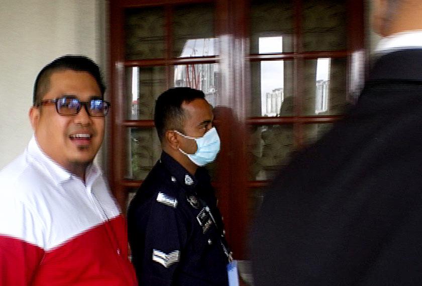 Ahmad Saiful Islam Mohamad di Mahkamah Majistret Kuala Lumpur hari ini. - Astro AWANI