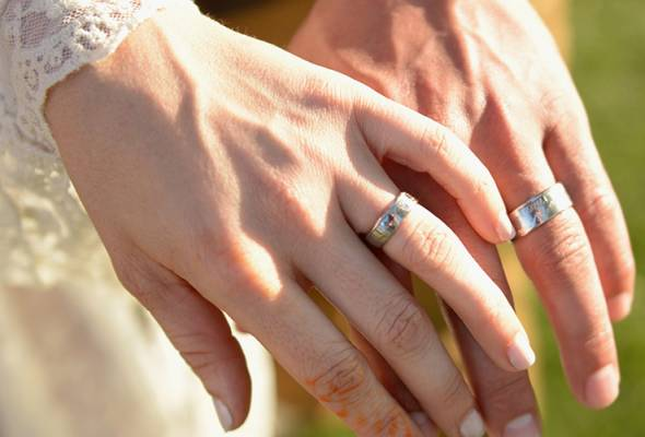 Many are seeking permission to travel interstate for marriage solemnisation purposes. - Filepic | Astro Awani