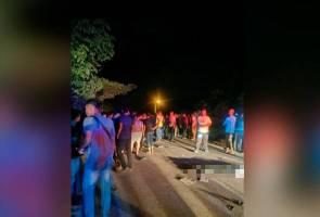 Berlanggar sesama sendiri: Tiga pelajar maut kemalangan di Tanah Merah