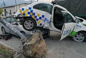 Kemalangan kereta peronda, tiga kenderaan, dua anggota polis cedera
