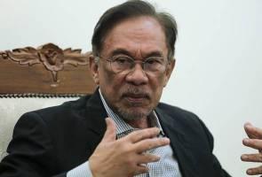 Cadangan Senator PKR menghina wanita - Anwar