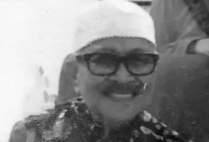 Bapa Yasmin Ahmad meninggal dunia