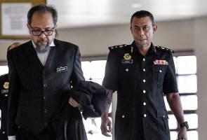 Kertas siasatan SRC diserah kepada Mohamed Apandi tanpa diperhalusi TPR SPRM - Saksi
