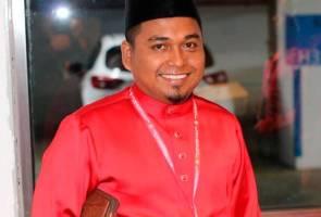 Charles diingat jangan biadab dengan Tun Mahathir - Armada Lumut