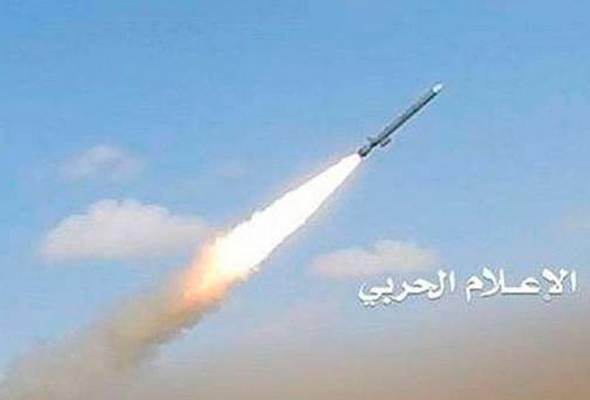 Serangan terbaru itu menyusul selepas pejuang daripada Jawatankuasa Popular melancarkan serangan dron Qasaf-3K mensasarkan lokasi tentera Arab Saudi di Jizan dan Najran lewat petang semalam. Foto Sinar Harian/Agensi/Fail | Astro Awani