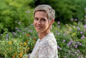 Isteri Presiden Syria bebas kanser payudara 2