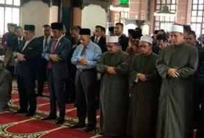 Jokowi akhiri lawatan rasmi, solat Jumaat bersama Tun Mahathir di Masjid Putra
