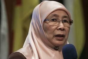 Wan Azizah hadiri upacara pengebumian BJ Habibie