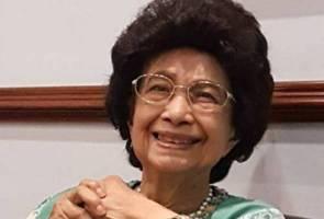 Dr Siti Hasmah sudah pulih, masih di hospital - Tun M
