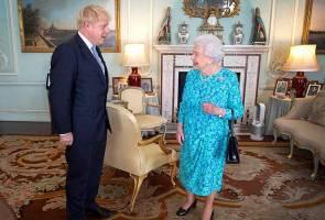 Ratu Elizabeth II perkenan gantung Parlimen Britain