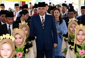 Sultan Perak berkenan rasmi SMK Kampung Bahagia, Teluk Intan