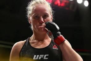 UFC Uruguay: Shevchenko tumpaskan Liz Carmouche, kekalkan kejuaraan dunia