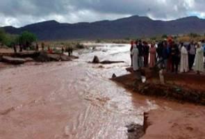Banjir ragut tujuh nyawa ketika perlawanan bola sepak