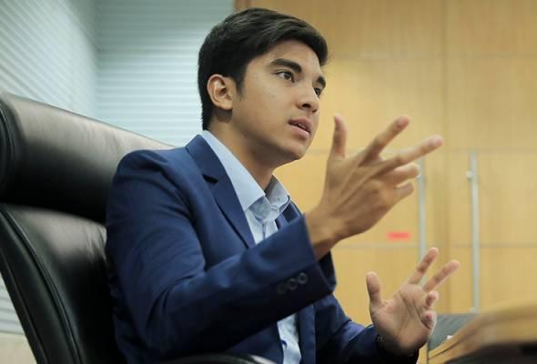 Syed Saddiq menegaskan bahawa hak pekerja perlu dibela dan majikan tidak seharusnya mengambil kesempatan dengan mengaut keuntungan sesuka-hati. - Astro AWANI/Fail | Astro Awani